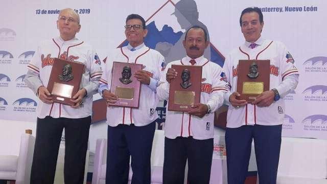 VALENZUELA ENCABEZA HISTÓRICOS EN EL SALÓN DE LA FAMA DEL BÉISBOL MEXICANO