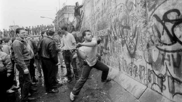 ALEMANIA Y EL MUNDO CONMEMORAMOS 30 AÑOS DE LA CAÍDA DEL MURO DE BERLÍN