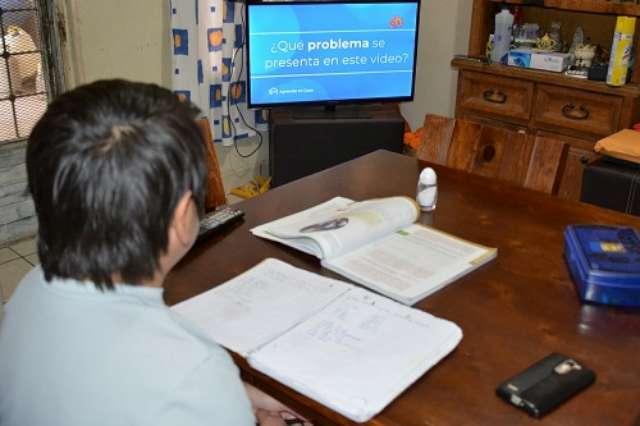 VUELVEN MÁS DE 734 MIL ESTUDIANTES A CLASES A DISTANCIA DE EDUCACIÓN BÁSICA